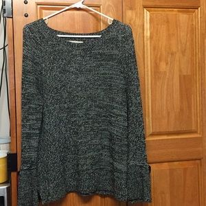 Grey/black sweater with bow sleeves!